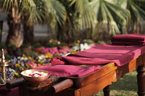 Ananda Spa Wellness Active Ayurveda y meditación en India